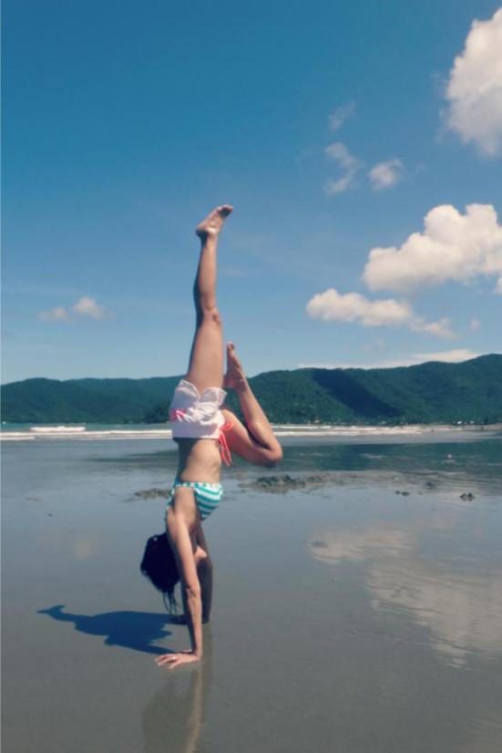 handstand before 30