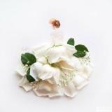 artspiration: watercolor +petals/leaves